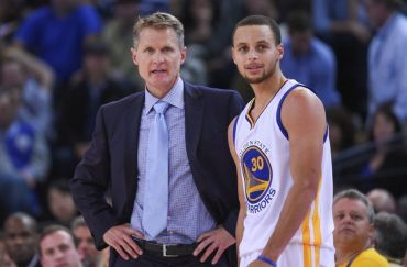 steve-kerr-stephen-curry-nba-golden-state-warriors-850x560