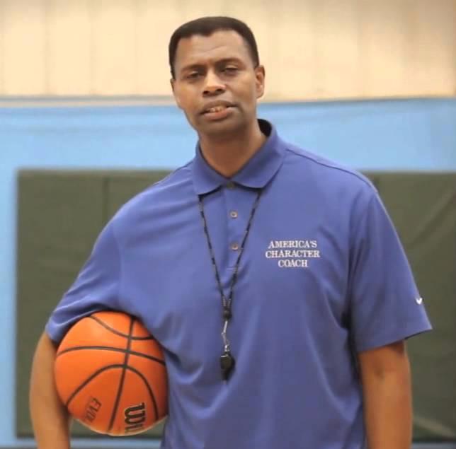 Coach Rolando Lamb