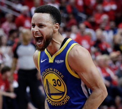 Steph Curry Scores 33 in 2nd Half