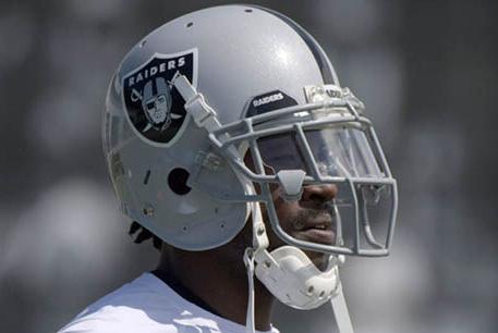 Antonio-Brown-Helmet